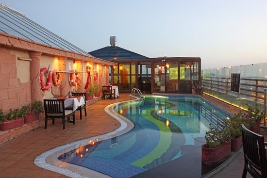 Sea View Hotel: Roof Top Pool