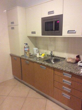 Sagres Time Apartamentos: Kitchen