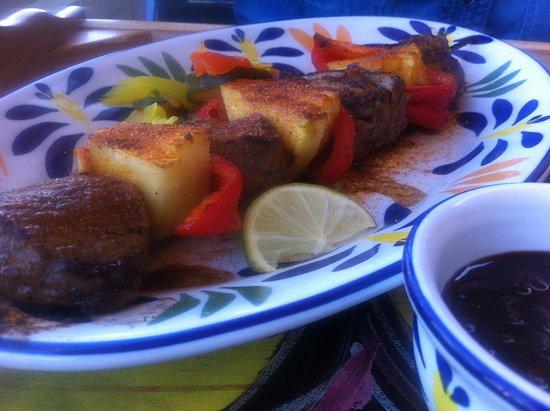 Tres Amigos Mexican Bar & Restaurant: Rindsspiesch