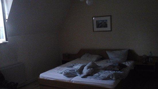 schreibtisch bild von zum b ren hotel erfurt tripadvisor. Black Bedroom Furniture Sets. Home Design Ideas
