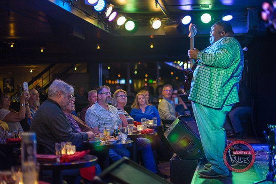 """Biscuits & Blues: Blues Prodigy Christone """"Kingfish"""" Ingram wows the crowd."""
