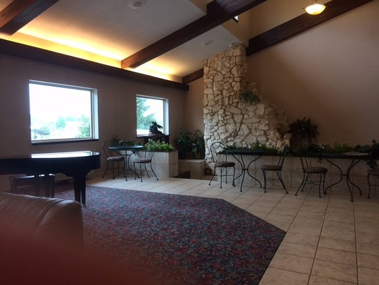 Harvest Inn Motel: Lobby