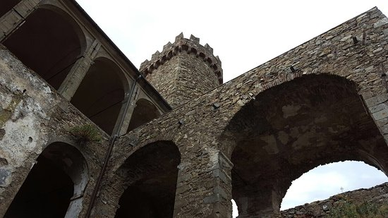 Castello Malaspina di Fosdinovo: photo2.jpg