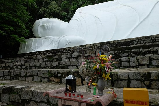 Phan Thiet, Wietnam: Статуя лежащего Будды