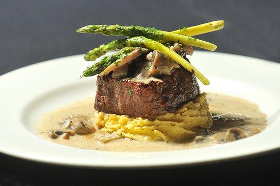Clarke's Restaurant : Beef Tenderloin