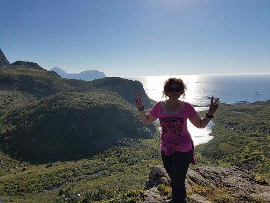Dronningruta: Bonito paisaje y dia con clima inmejorable en noruega
