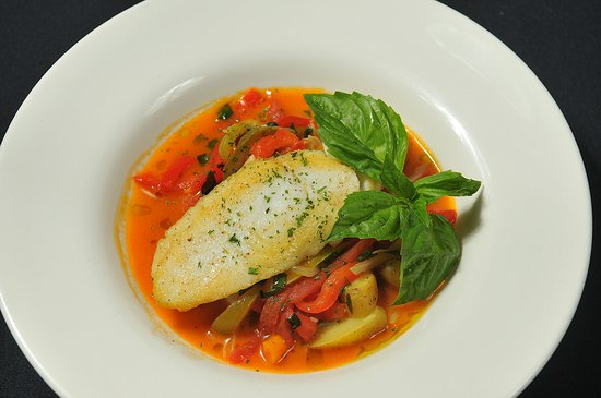 Clarke's Restaurant : Halibut Basquaise