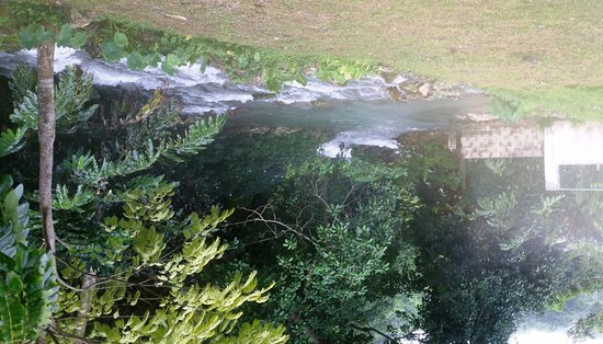 Petersfield, Jamaika: watch out for those rapids and sharp stones