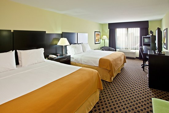 Holiday Inn Express Indianapolis - Southeast: King Bed Guest Room