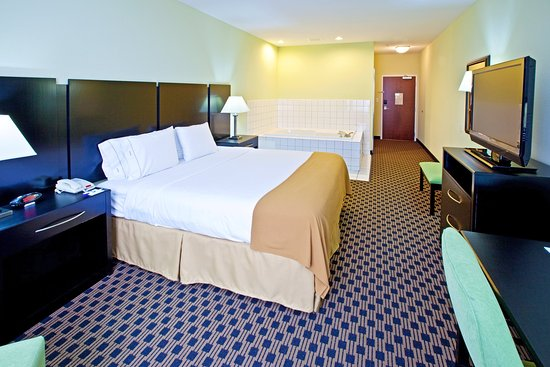 Holiday Inn Express Indianapolis - Southeast: Suite