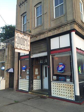 Doe's Eat Place: photo0.jpg