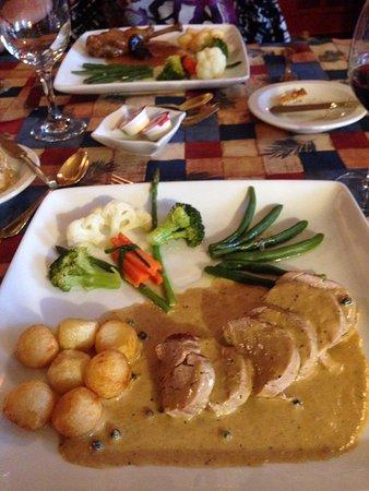 Nominingue, كندا: Excellent Porc au poivre