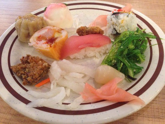 Pacific Sea Food Buffet: An excellent buffet especially on the weekdays for seniors.  An array of Asian foods including s