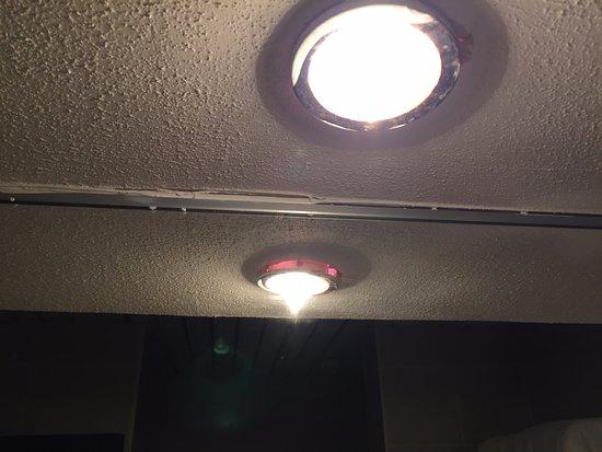 Hotel Mirador Resort U0026 Spa: Badezimmerlampen