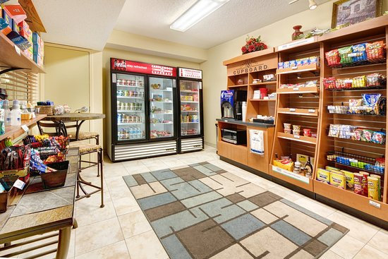 Candlewood Suites Kenosha : Candlewood Cupboard