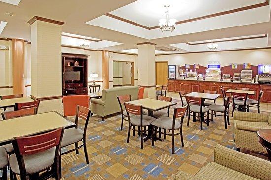 Buffalo, WY: Breakfast Area