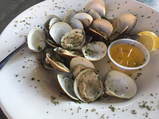 Chaumont, Nowy Jork: Steam Little Neck clams