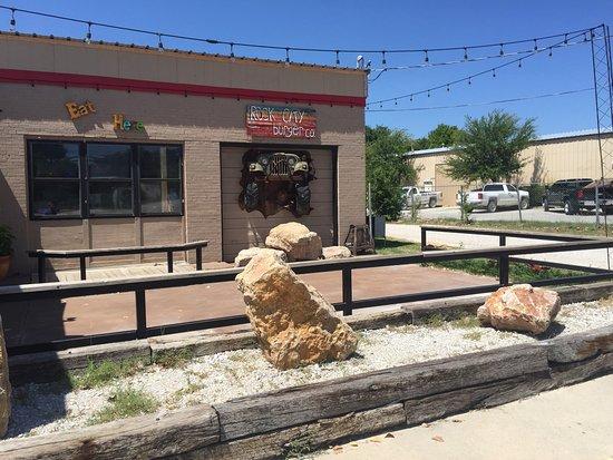 Bridgeport, TX: Jeep coming at ya