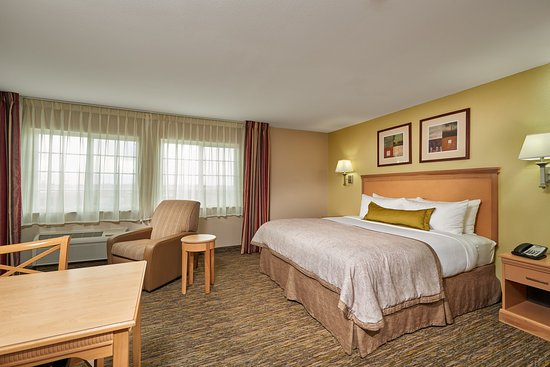 Candlewood Suites Houston Park 10: Superior King larger Suite