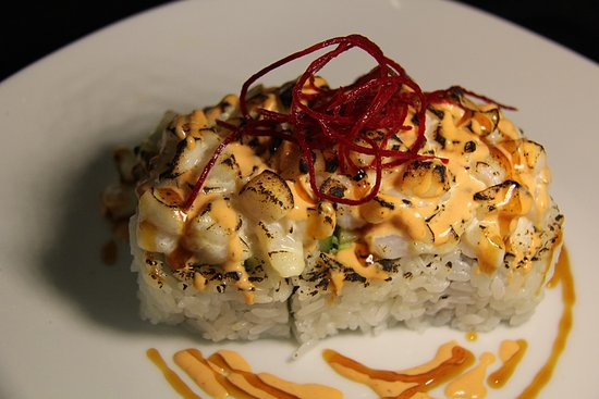 Surrey, Canadá: Grilled Chopped Scallop Roll