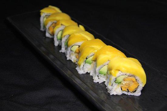 Сюррей, Канада: Mango Dragon Roll