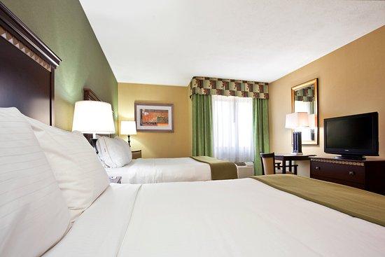 Holiday Inn Express Cincinnati West: Queen Bed Guest Room
