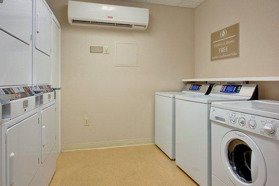 Nogales, AZ: Guest Laundry Room