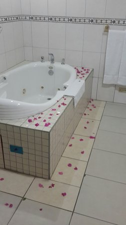 Rovanel's Resort: Perfect. Honeymoon getaway..