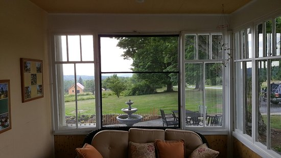 Newfield, NY: Amazing, Stunning bed and breakfast with many views