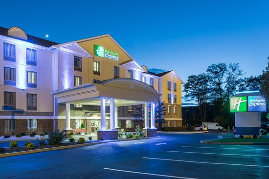 Haskell, NJ: Hotel Exterior