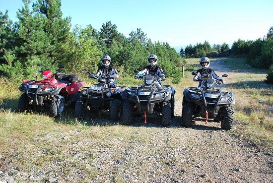 Orahovica Donja, Bosnia and Herzegovina: ATV QUAD OFFROAD TOUREN 4X4 BOSNIEN KROATIEN RUMÄNIEN