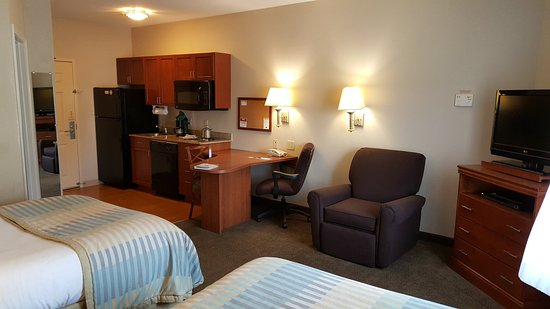 Candlewood Suites Hot Springs: Guest Room