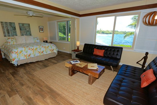 Hana Kai Maui: Unit 3-Main Living Area with view