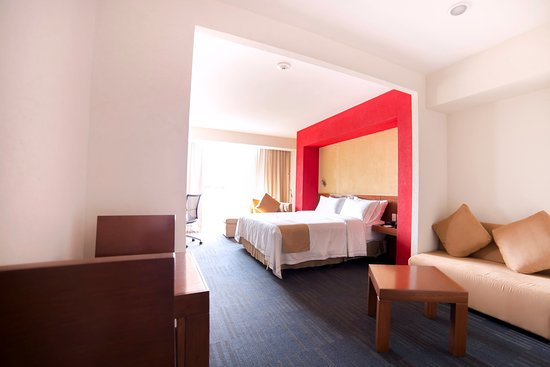 Holiday Inn Express Guadalajara Expo: Guest Room
