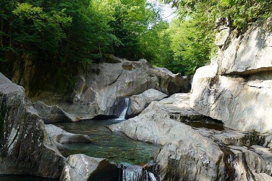 The Warren Falls. Only a 5-minute drive away.
