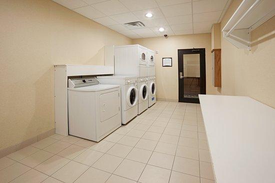 Staybridge Suites Corpus Christi: Laundry Facility