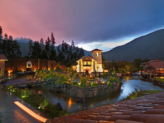 Aranwa Sacred Valley Hotel & Wellness: Exterior-Sunset At Aranwa Sacred Valley
