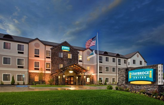 Independence, MO: Hotel Exterior