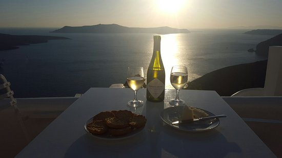 Villa Renos: Best place in the world. Best place to stay in Santorini.
