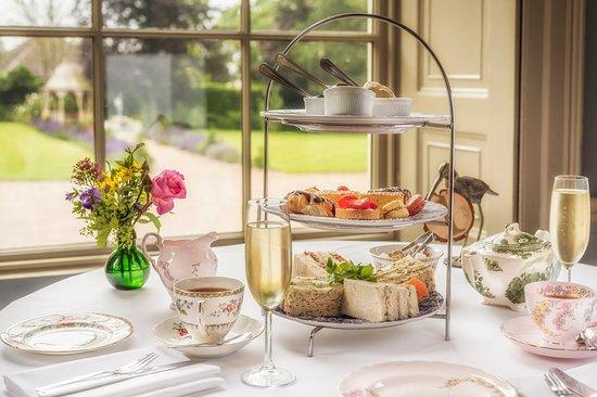 Washingborough, UK: Champagne Afternoon Tea