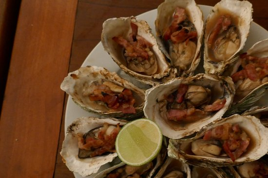 how to eat oysters kilpatrick