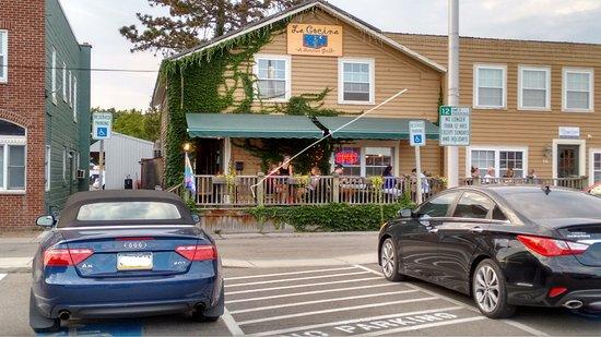 La Cocina: Convenient parking