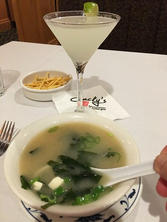 Bristol, RI: Perfect gimlet, miso soup and veggie nim chow with peanut sauce