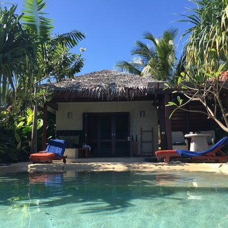 The Havannah, Vanuatu: View from Pool back into Lagoon View Room