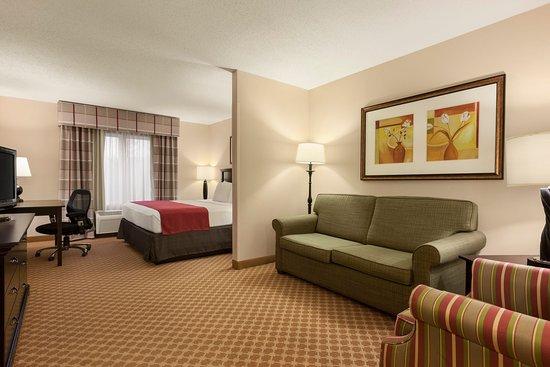 Country Inn & Suites by Radisson, Princeton, WV: Studios