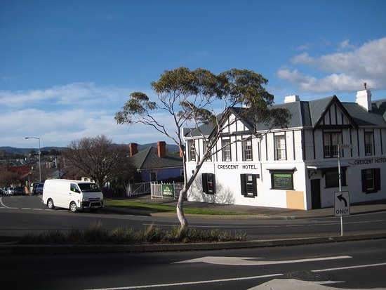 You can have a pub dinner in North Hobart too with three pubs to choose from in North Hobart.