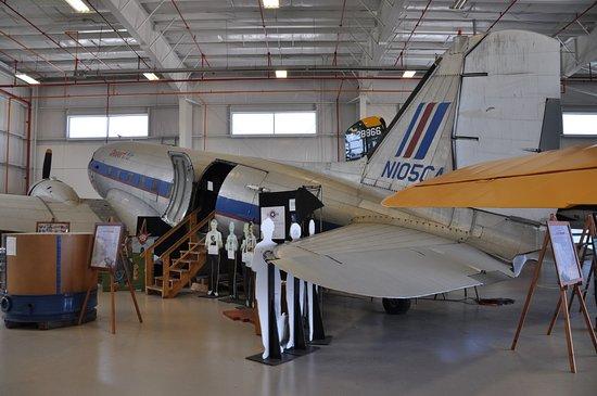 Urbana, OH: Civilianised C-47
