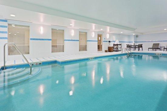 Neptune, Nueva Jersey: Swimming Pool
