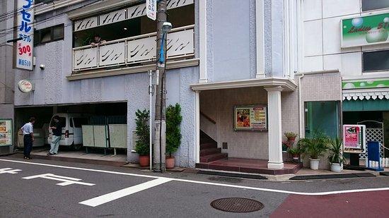 Capsule Hotel  Shinjuku 510: DSC_0005_large.jpg