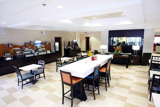 แฮฟล็อค, นอร์ทแคโรไลนา: Breakfast Area